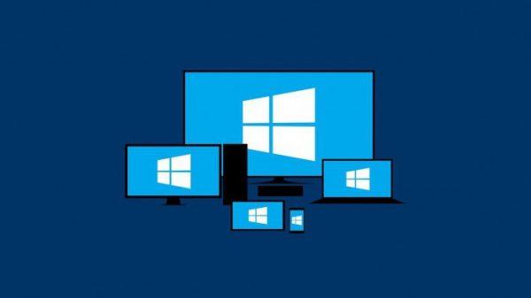 Логотип Windows 10 на экранах разных устройств